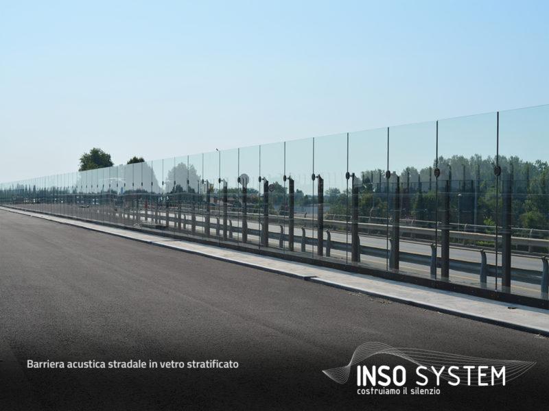 Barriera-acustica-stradale-in-vetro-stratificato-2